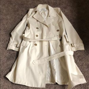 Banana Republic Cream Trench Coat *like NEW*